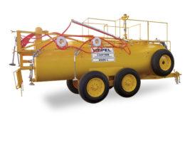 Carreta Tanque Combate Incêndio com Barras de Irrigação
